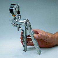 NalgeneR Hand Operated Vacuum Pump Aluminum Body